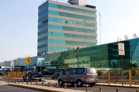 Callao ordena a LAP dar marcha atrás al retiro de taxis en aeropuerto Jorge Chávez