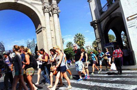 Arequipa: turismo pierde S/ 1 millón cada día por paro contra Tía María