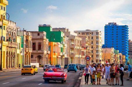 Turismo a Cuba se desploma tras endurecimiento de las restricciones de EEUU