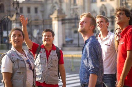Mincetur: solo guías acreditados pueden brindar servicio de turismo