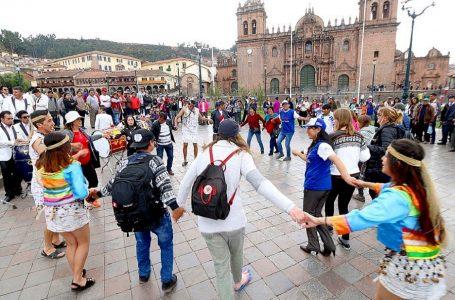 Lima, Cusco y Madrid son los destinos más buscados por feriado de Santa Rosa