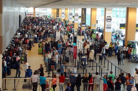 Compra de pasajes aéreos crece 10% por feriado de Santa Rosa