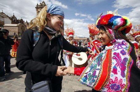 Conoce de dónde vienen y cuánto gastan los turistas que visitan Perú
