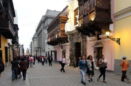 Promueven limpieza del espacio aéreo del Centro Histórico de Lima