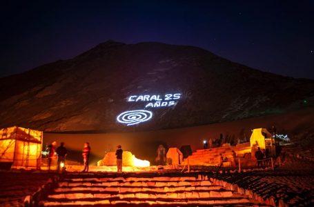 Caral celebró 25 años con danzas, gastronomía y luces en sus pirámides
