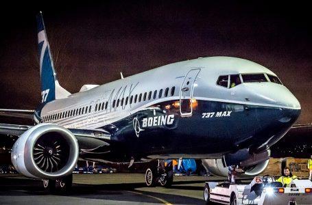 Boeing espera que su avión B737 MAX vuelva a operar en enero de 2020