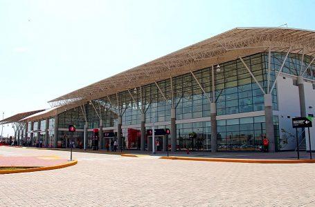 Capatur afirma que AdP sobrevaloró obras del aeropuerto de Pisco y pide auditoría