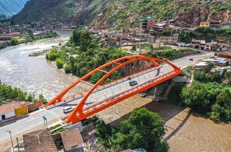 Inauguran Puente Urubamba que une Cusco y Pisac con Ollantaytambo