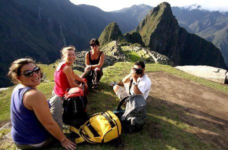 Mincetur eleva de 7.8% a 10% proyección de crecimiento del turismo para el 2020