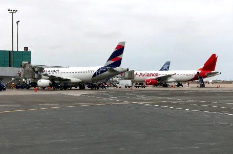 Transporte aéreo internacional de pasajeros cayó más de 53% en marzo [RANKING DE AEROLÍNEAS]
