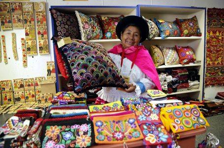 Anuncian nuevas líneas de apoyo económico para trabajadores y organizaciones culturales
