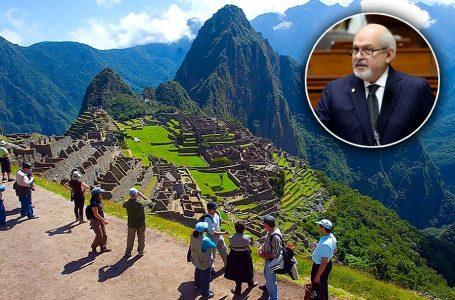 """Perú anuncia campaña de turismo interno y gestiona certificación como """"destino seguro"""""""