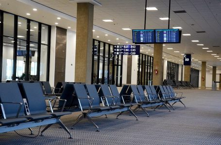 OMT: turismo retrocede a niveles de 1990 con caída de 72% en llegadas internacionales