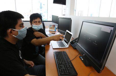 Universitarios desarrollan prototipo de asistente de voz virtual para servicios de telefonía