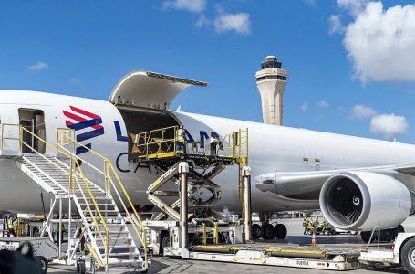 Latam Airlines convertirá ocho aviones de pasajeros Boeing 767-300ER en cargueros