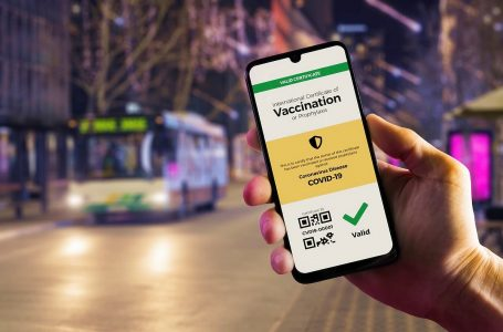 OMT ve con buenos ojos el pasaporte digital de vacunación europeo