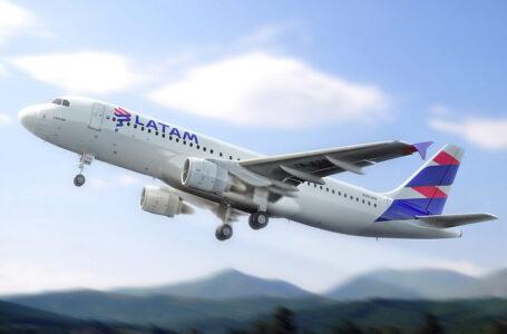 Latam Airlines retomaría vuelos directos entre Santiago de Chile y Cusco en julio