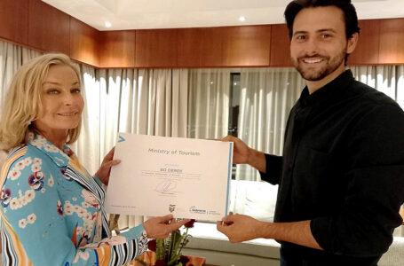 Actriz estadounidense Bo Derek es la nueva Embajadora Turística de Ecuador