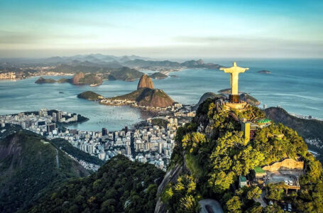 Alcalde de Río dice que vacunación ya permite pensar en fiesta de fin de año