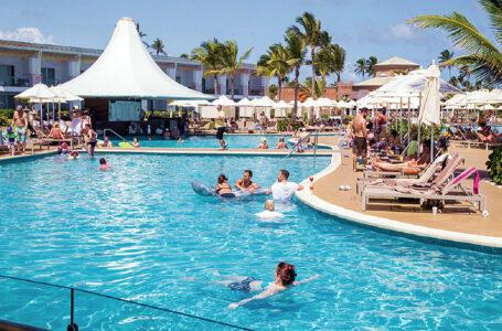 Turismo dominicano quedó en agosto muy cerca de la recuperación plena