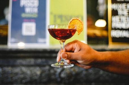 Pisco presente en Países Bajos saluda a especialistas en bebida de bandera