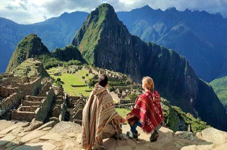 PromPerú y Latam premian a turistas españoles en campaña 'Sabores del Perú'